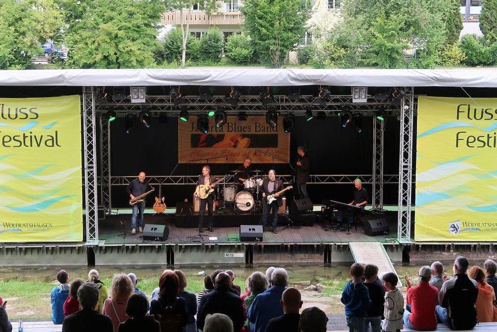 jakarta-blues-band_liveauftritt01