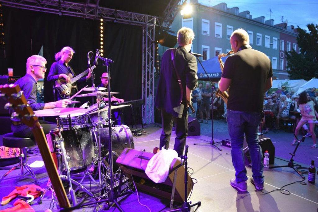 jakarta-blues-band_liveauftritt05